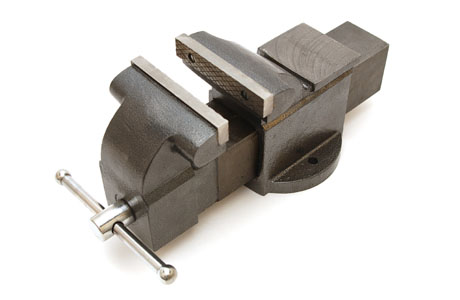 Skruvstycke av gjutjärn 150mm