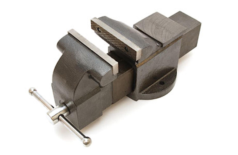 Skruvstycke av gjutjärn 150 mm